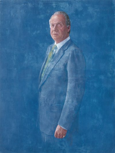 S.M. Rey Juan Carlos. National Trust Collection, hanging at the Royal Palace, Palacio de la Zarzuela. 2002. Oil and charola on cloth. 108×81 cm